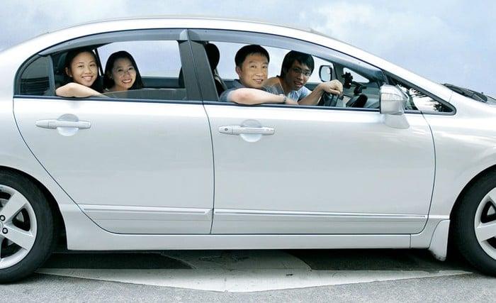 Đi chung taxi Nội Bài