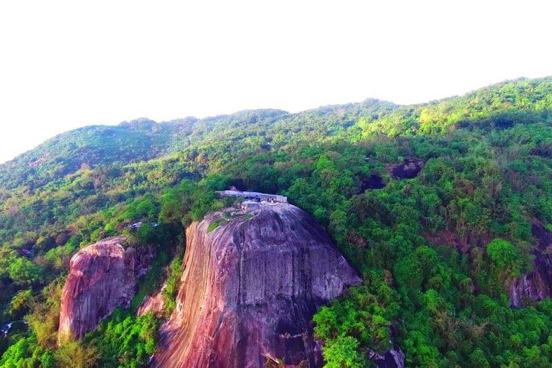 Núi Cô Tô, An Giang