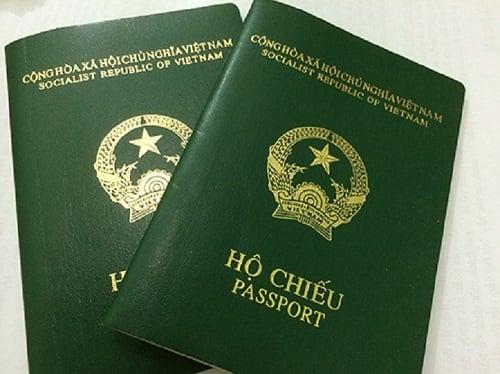 Làm hộ chiếu cho người đi máy bay lần đầu
