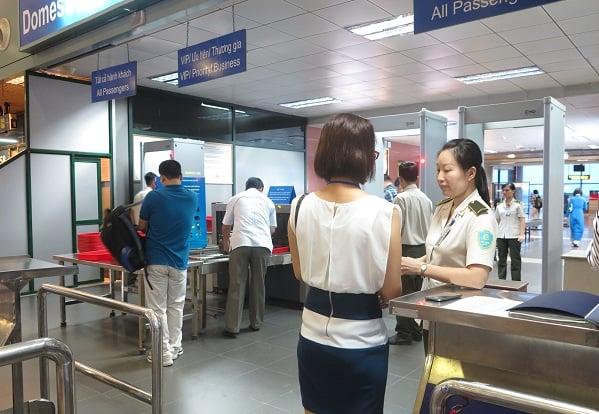 Khu vực kiểm tra an ninh sân bay