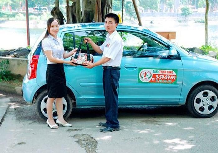 Hãng Taxi Thịnh Hưng