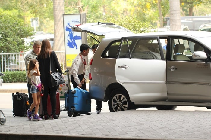 Dịch vụ thuê xe đi Nội Bài
