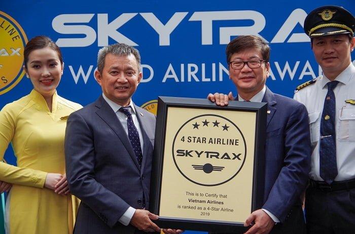 Vietnam Airlines nhận chứng chỉ hàng không 4 sao