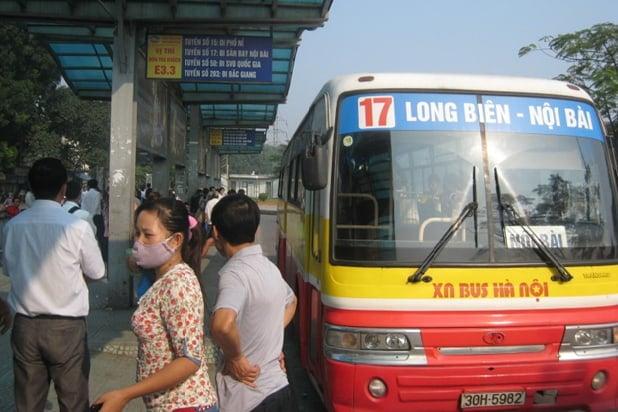 Xe buýt số 17: Long Biên - Nội Bài
